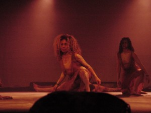 The dreaming, Seedz, women dancers