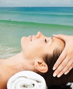 Byron Body and sooul woman massage on beach